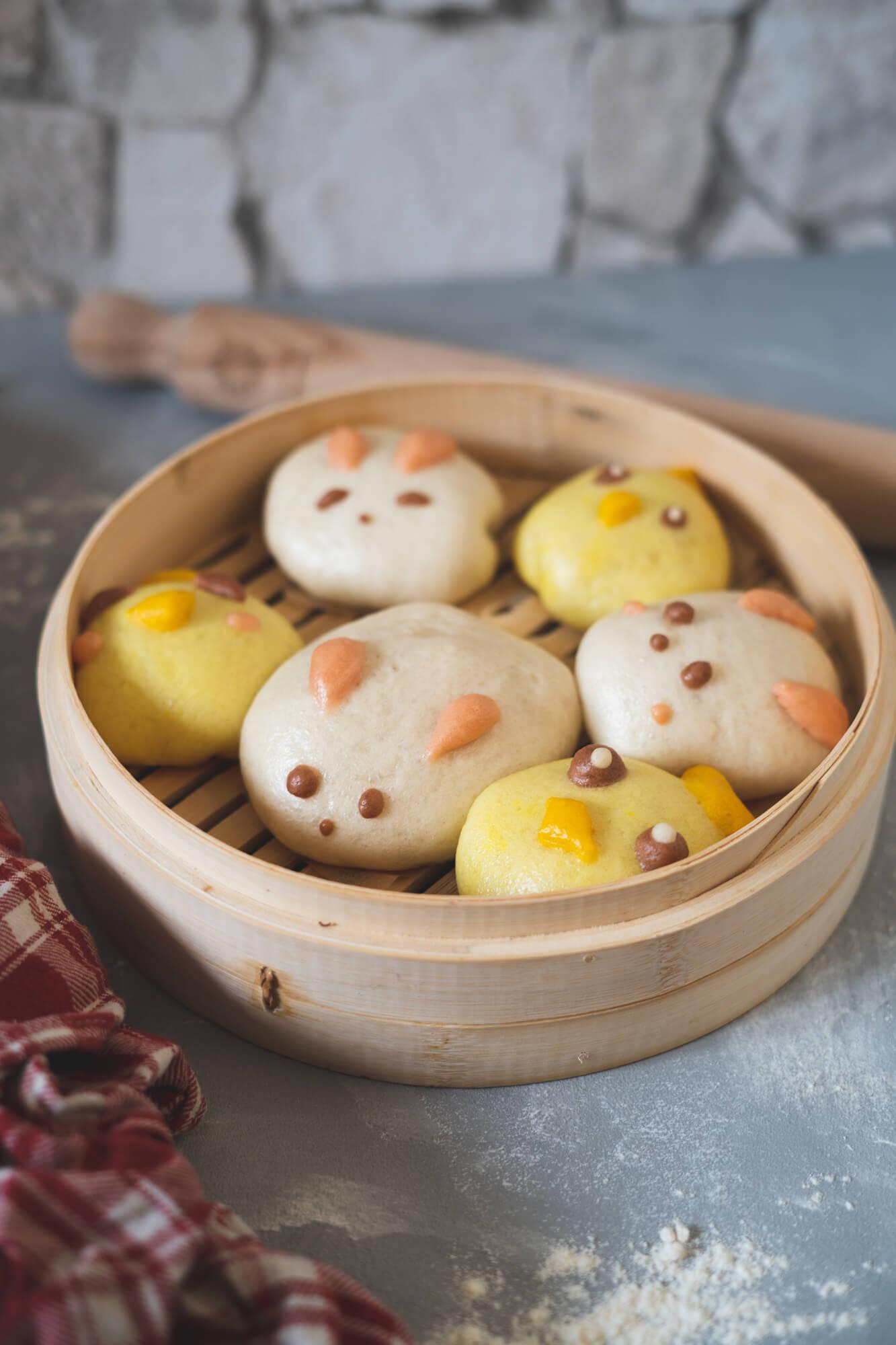 Easter Nai Wong Bao: Bunnies, Chicks and an Emoji-nal Breakdown
